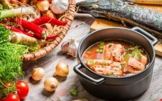 Рецепты ухи из красной и белой рыбы