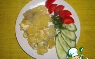 Рыба запеченная с картошкой помидорами и сыром