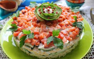 Соленая рыба с сыром и яйцом