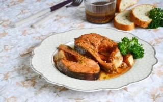 Рыба форель жареная на сковороде