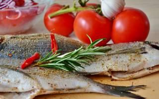 Как убрать запах рыбы перед жаркой