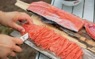 Почему красная рыба стала белой